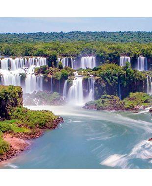 Destino para fugir da folia de carnaval: Cataratas do Iguaçu