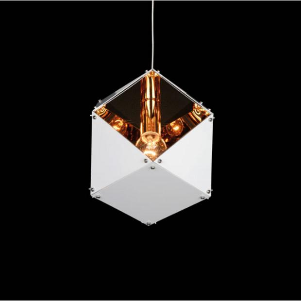 Pendente Design com Dourado 20Cm