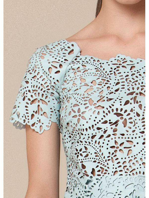 Blusa de ombro a ombro em laser floral - Liziane Richter Couros