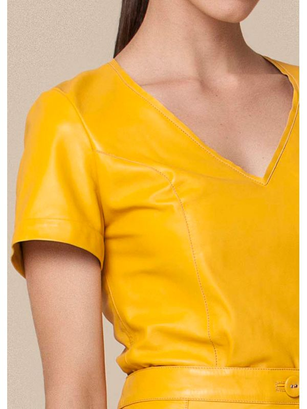 Blusa Estilo T-shirt - Liziane Richter Couro