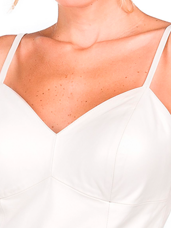 """Blusa Shape Justo com Decote Frontal """"V"""" e Costas em """"U"""" - Liziane Richter"""