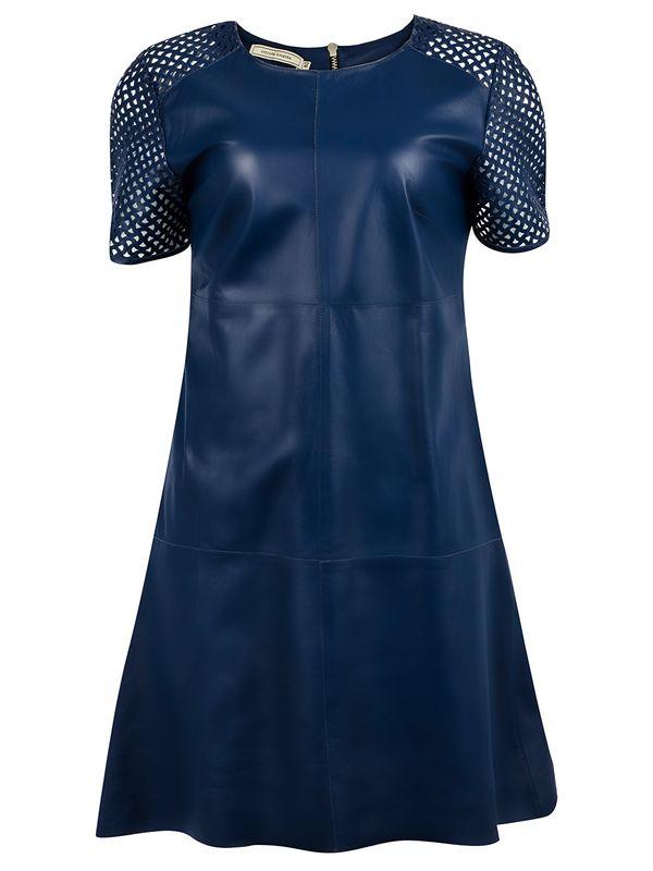 Vestido Liso com Vazados nos Ombros e Mangas - Liziane Richter