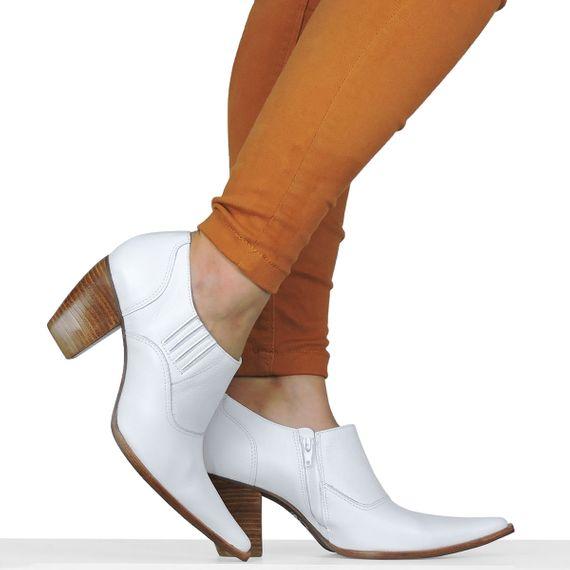 1ffb6144bf8 Sapato Branco Country Dina Mirtz