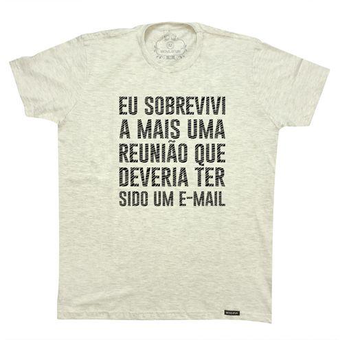 Camiseta Eu sobrevivi a mais uma reunião que deveria ter sido um e-mail