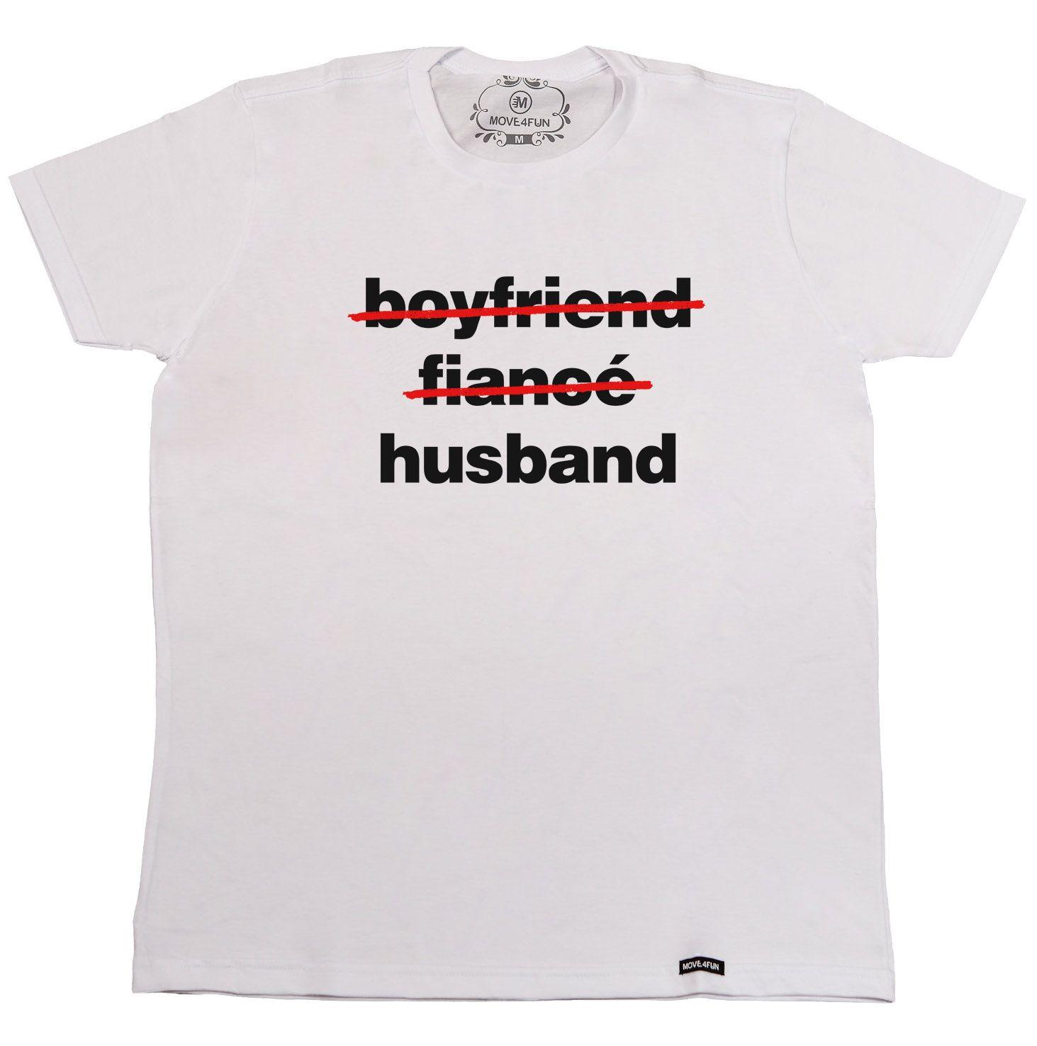 97359aaf6 Camiseta Cuidado! Despedida de solteiro em andamento