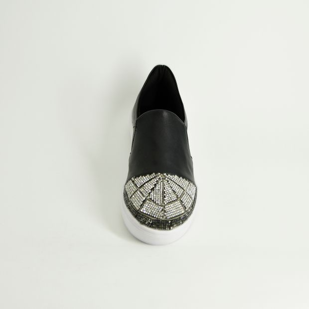 TÊNIS SLIP ON NAPA COM STRASS