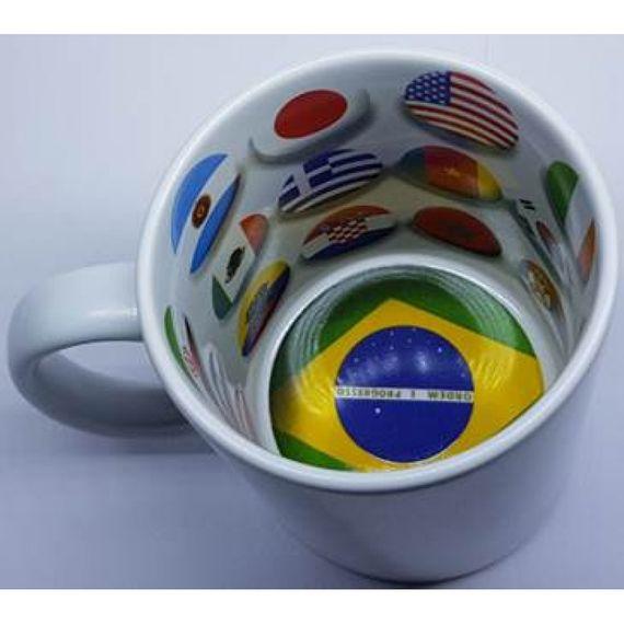 Caneca cerâmica - tema bandeiras do mundo - futebol