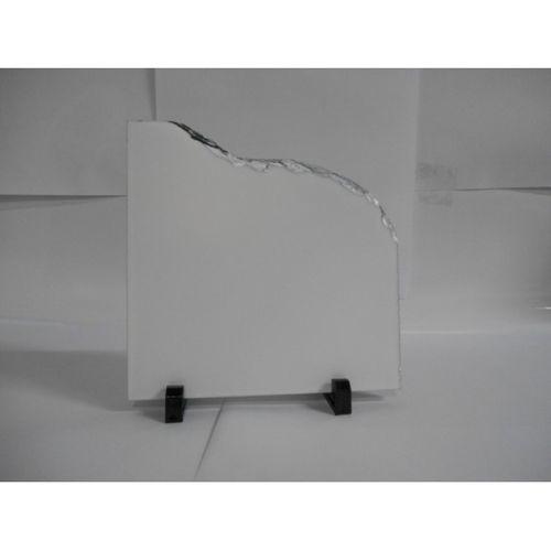 Porta Retrato em Pedra com Borda Trabalhada - 20,7cm x 20,7cm x 2,7cm